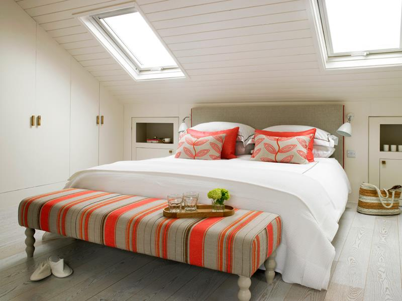 15-inspiring-attic-master-bedroom-designs-11