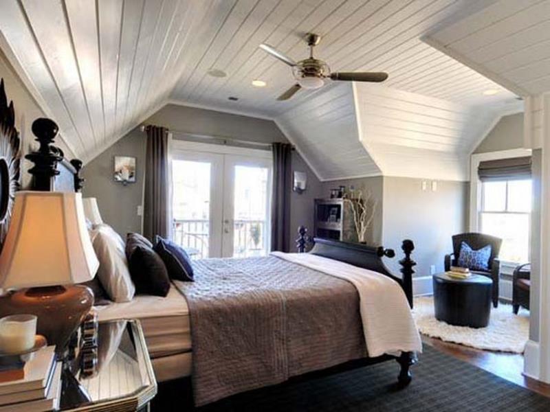 15-inspiring-attic-master-bedroom-designs-6
