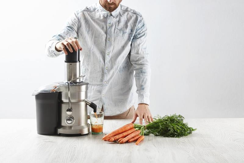 a-survey-of-masticating-juicer-reviews-our-picks-for-the-3-best-1