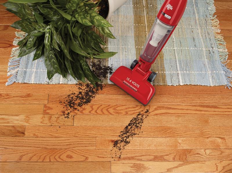 the-best-vacuum-for-hardwood-floors-7c