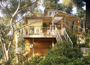 20 Gorgeous Homes in the Woods
