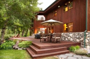 20 Gorgeous Deck Designs and Ideas