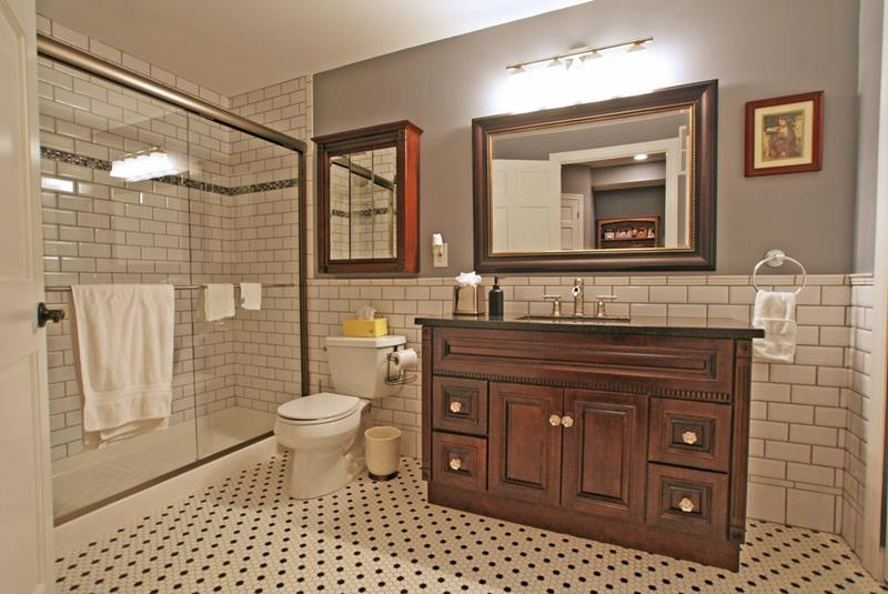 20 Beautiful 3/4 Bathroom Designs